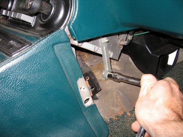 Center Console Removal  U2013 The Corvette Restoration Page